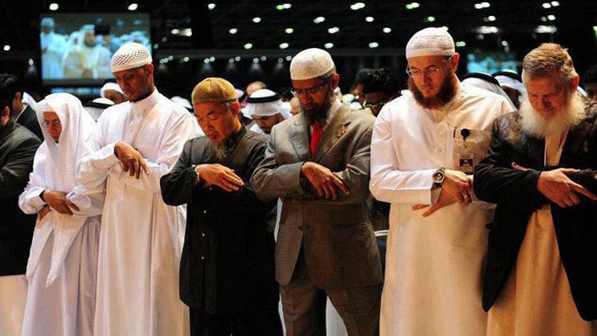 Makmum Merapatkan Shaf dalam Shalat Berjama'ah